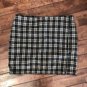Eddie Bauer black/white woven mini skirt Sz 18